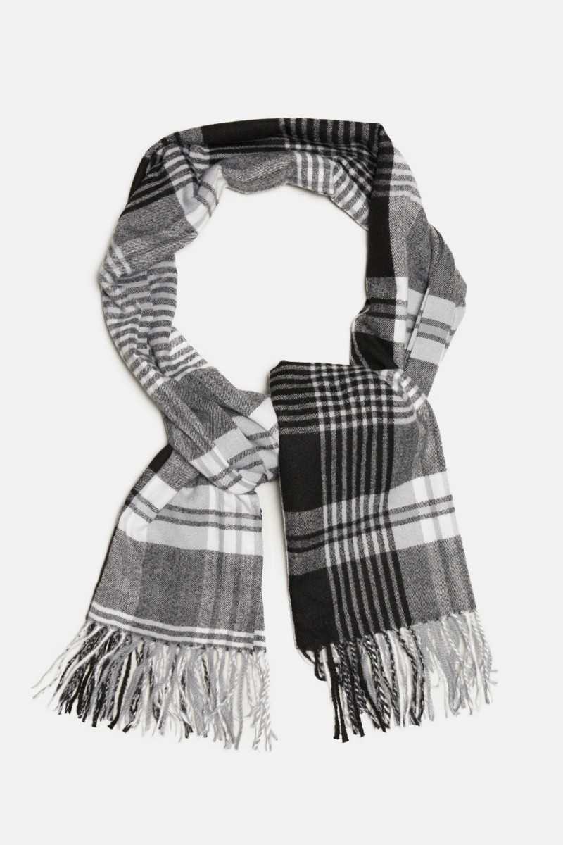 Picnic Day Scarf