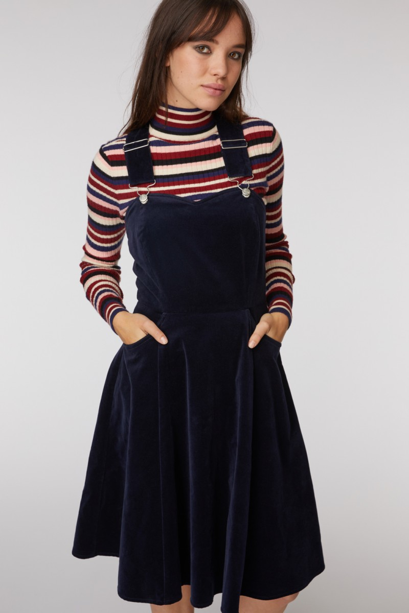 Hang In There Pinafore