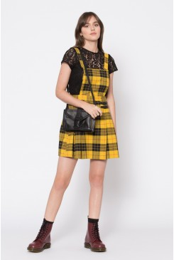 Cher Pinafore